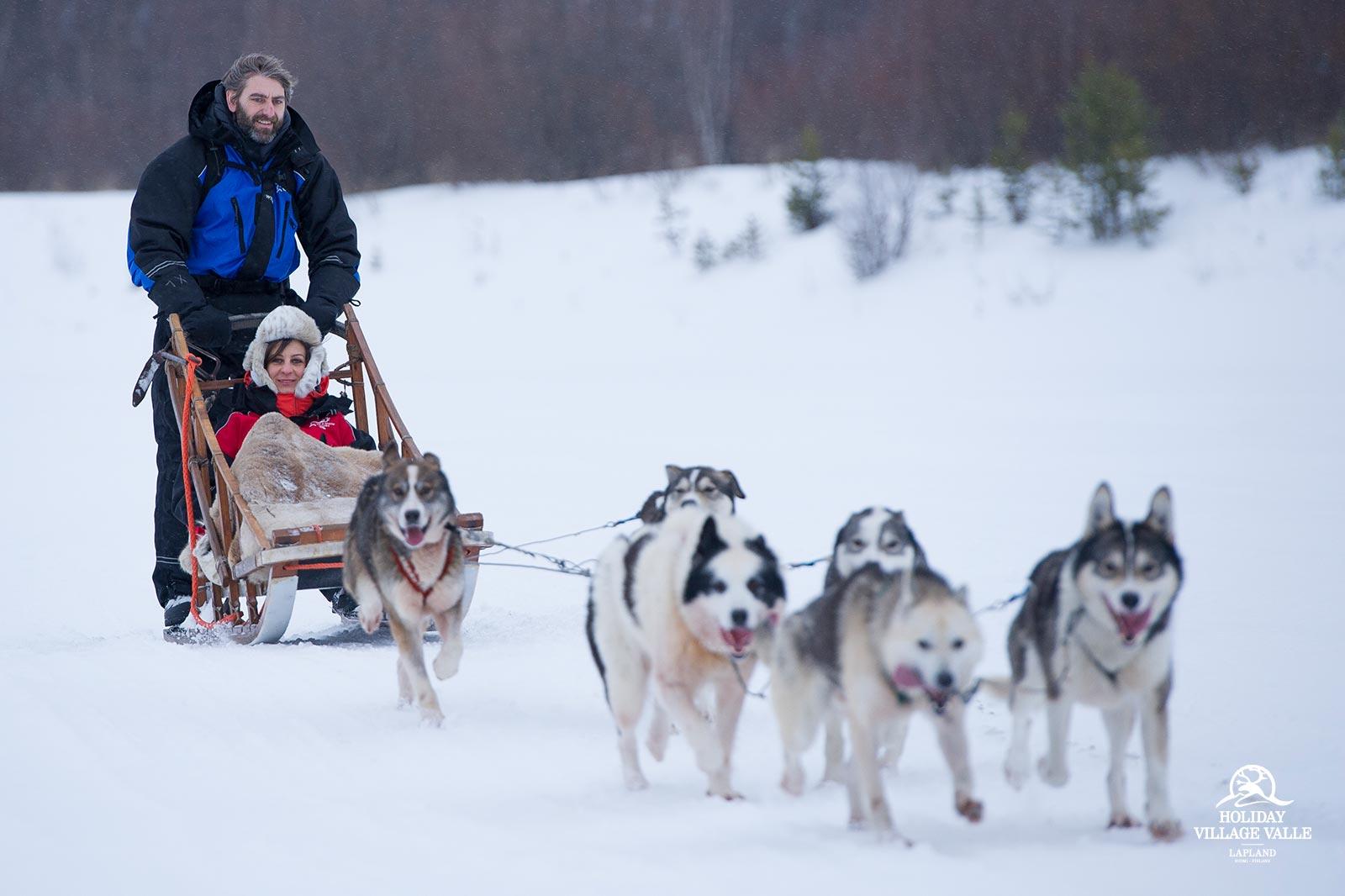 gallery-winter-adventure-holiday-village-valle-lapland-016
