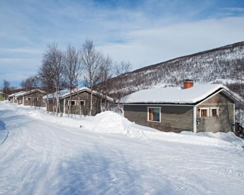 Valle Lomakylä Valle Restaurant Deatnu Utsjoki majoitus mökki