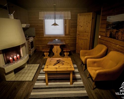 Holiday Village Valle Lomakylä Valle Utsjoki majoitus mökki olohuone