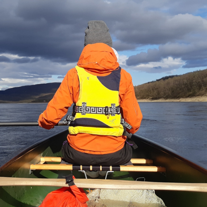 Canoeing along the river Teno